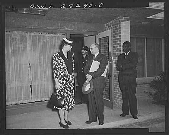 Washington, D.C. Eleanor Roosevelt visiting George Washington Carver Hall, men's dormitory for Negroes
